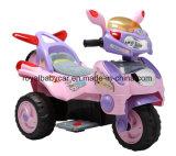 La conduite sur le véhicule badine la moto