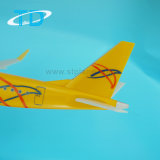 Aeronave Plástica 1/100 Sarator Airlines 39cm Modelo Erj-195 Plano