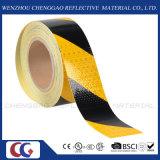 黄色および黒い縞の反射テープ(C3500-S)に警告する工場危険