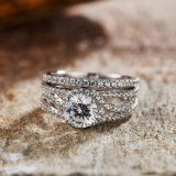 セットされる気高い婚約指輪- 7