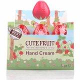 最も安い価格のWashamiの反荒れることのためのかわいいフルーツのいちご形手のクリーム