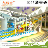 Fábrica interna do campo de jogos em Guangzhou China, exportada pelo mundo inteiro. Tubulação de Gavalnized da fibra de vidro. Casa do jogo do papel do Trampoline
