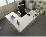 Стол рабочей станции L-Формы офиса в деревянном с передним экраном