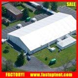 tentes en aluminium d'entrepôt de structure de 30X50 Clearspan avec la porte de roulement