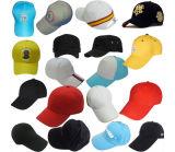 O golfe ostenta o chapéu de basebol