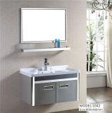 Module rustique blanc fixé au mur de vanité de bassin de salle de bains