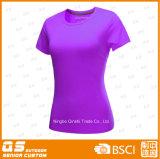 Les sports des femmes exécutant le T-shirt sec de polyester d'ajustement