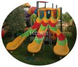 El patio al aire libre colorido del arco iris grande de la talla combinó con las diapositivas, diapositivas del tubo, escaladores