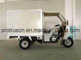 Triciclo de 3 rodas com a caixa Closed para a isolação