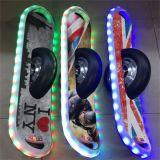 Het nieuwe Slimme Bluetooth Zelf In evenwicht brengende Elektrische Skateboard van het Ontwerp Hoverboard