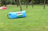 Tela e ar de nylon, 100%Nylon Ripstop que enche o saco de sono inflável do lugar frequentado