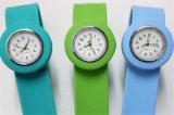 Yxl-880 Unisex Niños Niños Cute Cartoon Slap Snap Bendable reloj de pulsera de cuarzo de goma