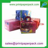 Caixa de papel do cartão imaculado do nó da borboleta de veludo da lembrança do presente