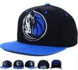 Nueva gorra de béisbol de la manera 2017 con insignia modificada para requisitos particulares