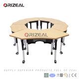 Cadeira versátil moderna da tabela e do plástico sobre a mobília de escola colaboradora