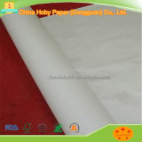 Papel de plotador branco ou de creme para o quarto de estaca do vestuário