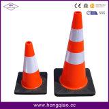 Черные конусы безопасности дороги движения PVC основания