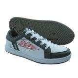 Новые люди и Joggers женщин, вскользь ботинки, ботинки скейтборда, напольные ботинки