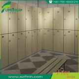 Dimensions matérielles à extrémité élevé de compartiment de douche de toilette de gymnastique de HPL