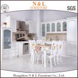 N&Lの台所家具の木の食器棚