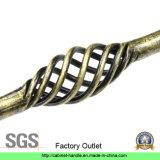 Ручка тяги шкафа оборудования мебели нержавеющей стали фабрики (UC 02)