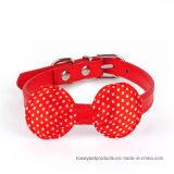 La vente en cuir d'unité centrale de qualité chaude pointille des colliers de crabot de Bowknot