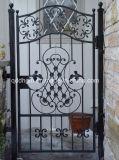 ヨーロッパ式の屋外の細工した優雅で小さい金属の鉄のゲート