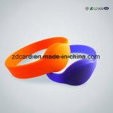 Bracelete de pulseira RFID ID impermeável para controle de acesso Evento esportivo