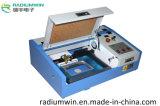 Machine de gravure de laser de 3020 tampons en caoutchouc