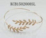 Einfaches Open Metal Bracelet mit Flower