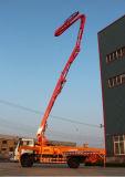 Bomba concreta diesel independiente del auge del acoplado para el trabajo de colocación terrible
