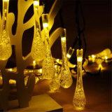 Das 20 LED-beleuchtet angeschaltene Wasser-Tropfen-Solarzeichenkette LED-Weihnachtsleuchte