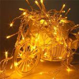Da decoração colorida ao ar livre do Natal do feriado do diodo emissor de luz luz feericamente da corda