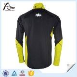 Kundenspezifische Form-Auslegung-Mann-thermisches Sport-Hemd