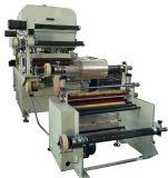 Máquina cortando da folha térmica da grafita