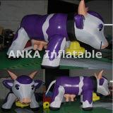 Vache en gros gonflable à personnage de dessin animé de transformateur