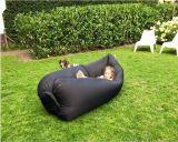 2016の新しいデザイン空気キャンプする膨脹可能な屋外のUltralight寝袋のLamzacのたまり場及び不精な旅行袋のソファーのラウンジのスリープ袋