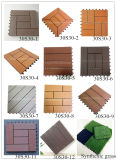 Tuiles composées en bois en plastique de paquet de densité Machine à paver-Élevée antidérapante de patio