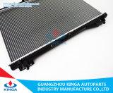 스즈끼는 2005 에스쿠도 웅대한 Vitara 자동적인 차 보충 방열기 도매한다