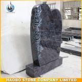 De Grafsteen van het Ontwerp van de traan met BloemenGravure