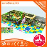 Campo de jogos interno da ginástica da selva do parque de jogos do centro do jogo de crianças