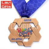 Kundenspezifische antike kupferne Höhlung-Metallschach-Medaille der Andenken-3D mit Farbbändern