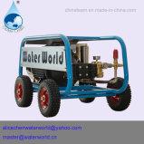 Máquina de sopro molhado com a bomba de água de alta pressão do pistão
