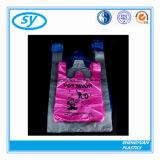 Sac à provisions en plastique estampé par coutume matérielle de T-shirt de PE