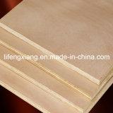 Contre-plaqué de pin de qualité supérieur pour l'emballage, les meubles et la construction