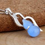 女性925の純銀製のOpalひょうたんの鎖が付いている整形ネックレスのペンダント