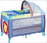 ヨーロッパ規格のおおいおよび蚊帳が付いている携帯用ベビーベッド