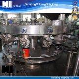 Della fabbrica latta di alluminio della birra automatica della bibita analcolica direttamente che riempie e che aggraffa macchina