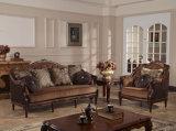 生きている家具のための木フレームとセットされる古典的なファブリックソファー