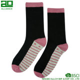 Reizendes Rosa Stripes Mannschafts-Socken